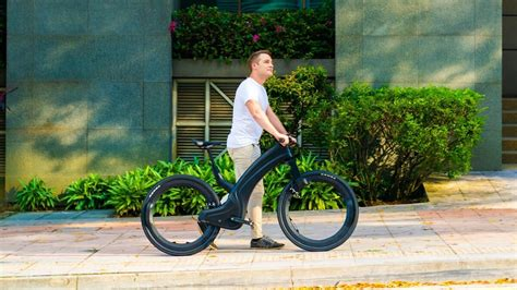 Best eBikes of 2020—a hubless eBike, a unibody carbon