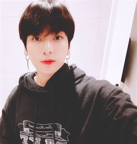 BTS's Jungkook involved in minor car accident – The