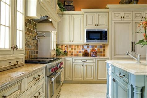 27 Beautiful Kitchen Color Ideas to Bring Joy to Your Kitchen