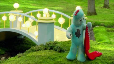 In the Night Garden 116 - Iggle Piggle's Mucky Patch - YouTube